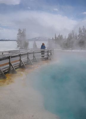 USA - Wyoming - Yellowstone Lake - West Thumb  //  Thermal mists